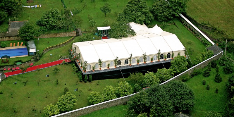 alquiler-carpas-bodas-terreno-desnivel-Asturias