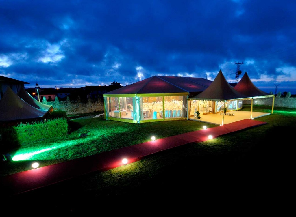 carpa-boda-diferente-palacio-luces-noche-asturias